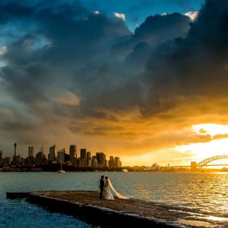 how to have beautiful outdoor wedding portraits | her world