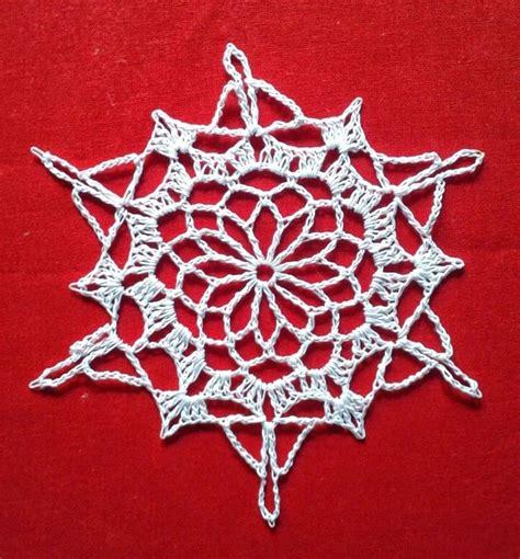 christmas tree snowflake patterns free crochet patterns white snowflake ornament ornaments