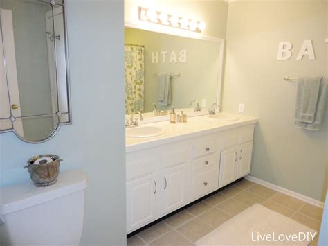 Updating A Bathroom by Livelovediy Easy Diy Ideas For Updating Your Bathroom