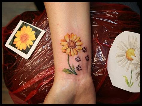35 awesome wrist paw tattoos