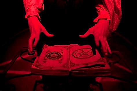 imagenes ritual satanico how satanic panic worked howstuffworks