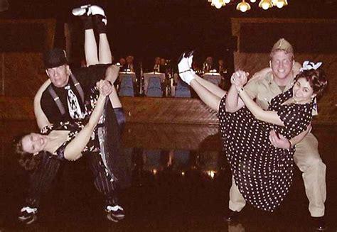 swing dance era dueling dips
