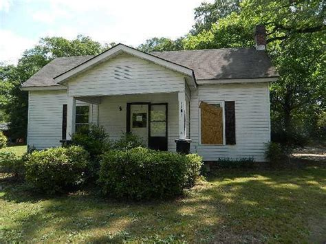 1181 lakeview dr nw conyers 30012 foreclosed