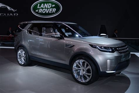 new land rover discovery land rover finalising new discovery for 2016 unveiling