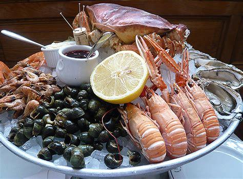 fruit de mer bibendum s plateau de fruits de mer gourmet traveller