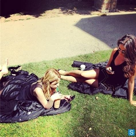 park bench tv show pretty little liars tv show images pretty little liars