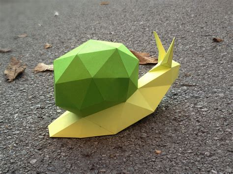 Paper Folding Exles - printable paper model of a snail folding diy template