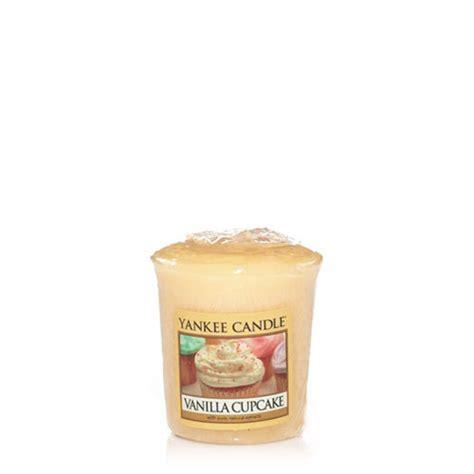 candele votive vanilla cupcake votive candle yankee candle