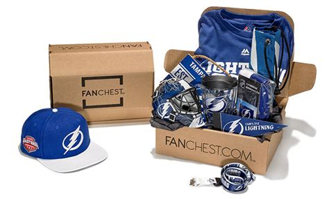 top 10 christmas gifts for hockey fans 2017 hockey by