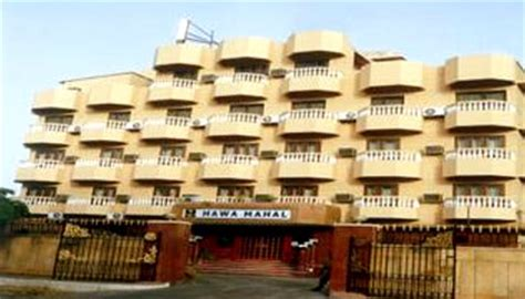 comfort inn jaipur comfort inn hawa mahal jaipur discount booking