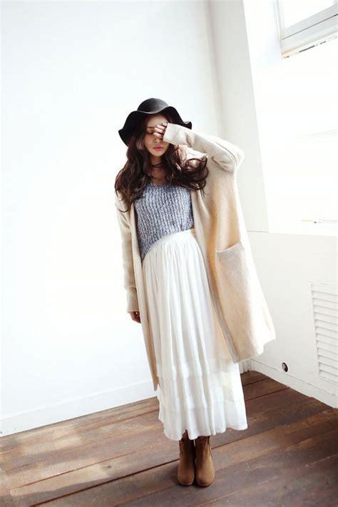 Sweater Cardigan Wanita cantik di hari kasih sayang dengan cardigan wanita korea