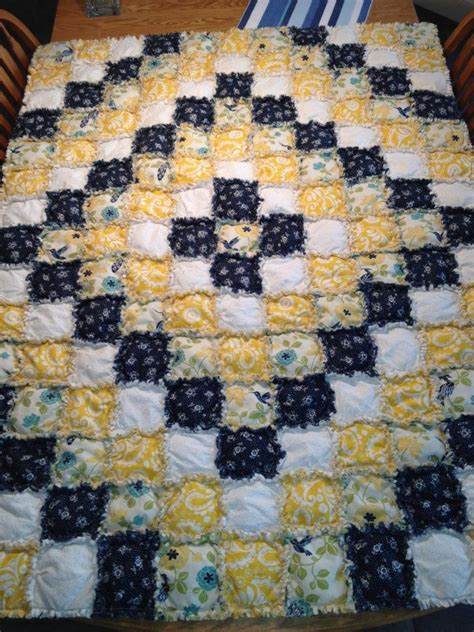 Raggedy Quilt Pattern by Rag Quilt Around The World Pattern I Think