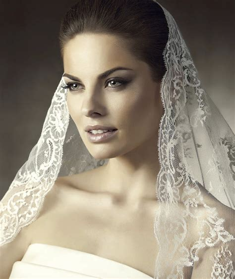 Wedding Hair Accessories Pronovias by Wedding Hair Accessories Mantilla Bridal Veils By