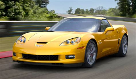 The 2013 Chevrolet Corvette Is Strong Sports Car   Cars Flow