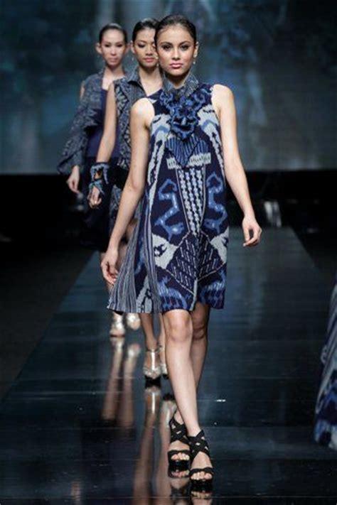 25 Ide Terbaik Tentang Modern 25 Ide Terbaik Tentang Modern Batik Dress Di Model Pakaian Hippie Hippie Style