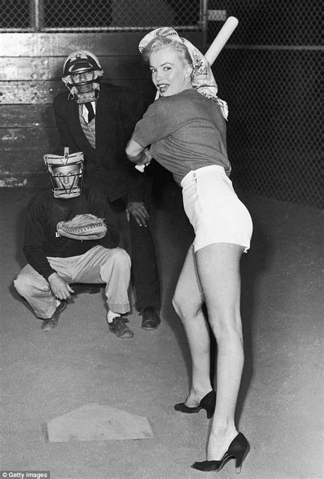 Homegym 1 Sisi White T 1951 joe dimaggio wanted marilyn to quit new book reveals daily mail