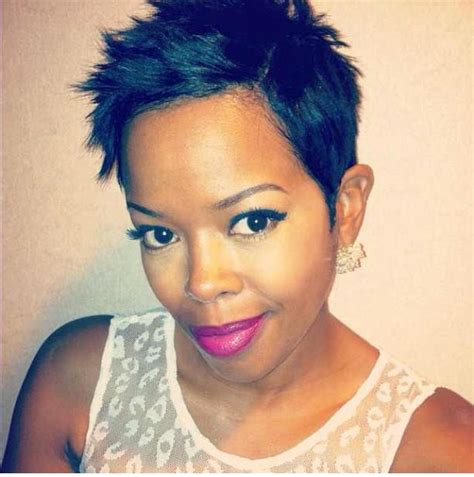 short hair styles worn by malinda williams malinda williams hair nails pinterest nice