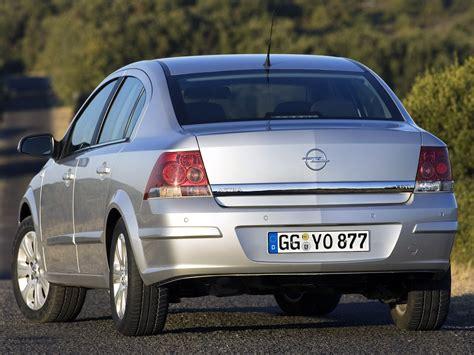 opel astra sedan 2008 opel astra sedan specs 2007 2008 2009 autoevolution