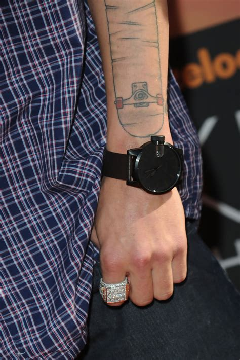 ryan sheckler tattoo sheckler artistic design sheckler looks