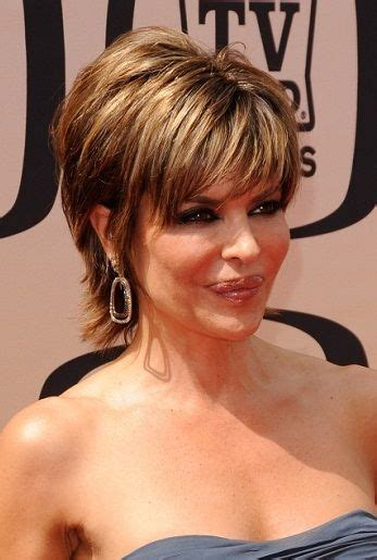 does lisa rinna have naturally curly hair 25 unique short haircuts ideas on pinterest short lobs