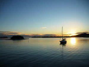 house boats hire sunshine coast luxury afloat noosa houseboat hire noosa