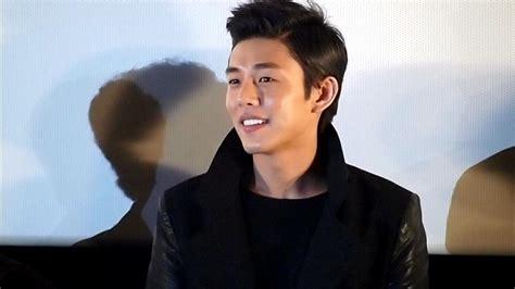 yoo ah in actor yoo ah in surprised by his own popularity at first