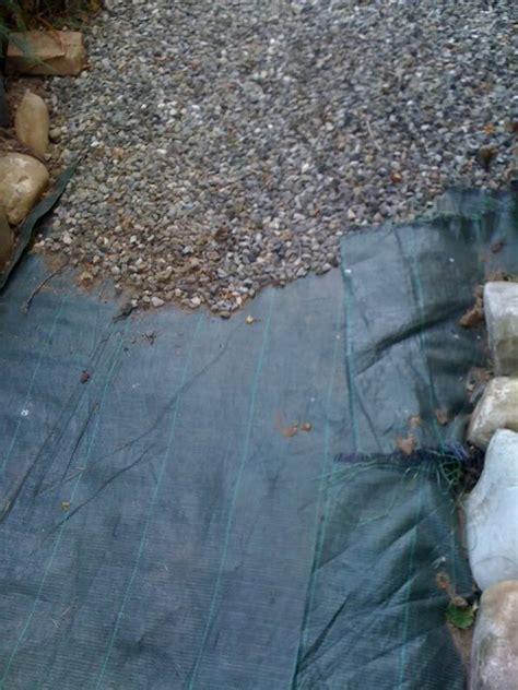 ghiaia per vialetti ghiaia decorativa in giardino aiuole con sassi vialetti