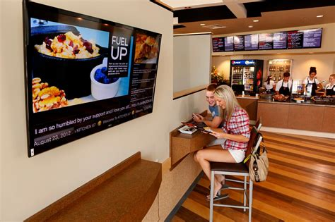 cuisine tv menut digital signage for restaurants onsign tv