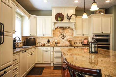 Bone Color Kitchen Cabinets Bone White Kitchen Search Namai Traditional In Kitchen And Photographs