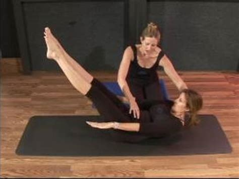 Do I Need A Mat For Pilates by How To Do Mat Pilates Exercises How To Do The Hundred