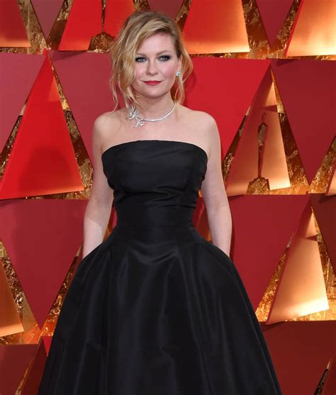 Worst Dressed Of The Day Kirsten Dunst Oscars Edition by Kirsten Dunst And Plemons At The 2017 Oscars