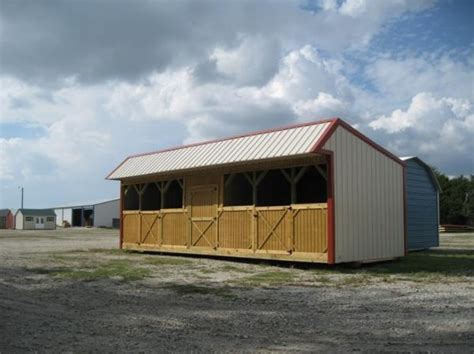 What Is A Loafing Shed by Loafing Shed With Stalls Carports Sheds