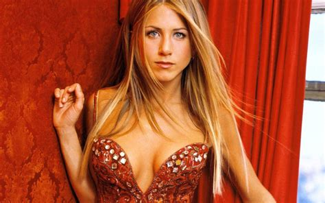 Aniston A by Aniston We Re The Millers Wallpaper