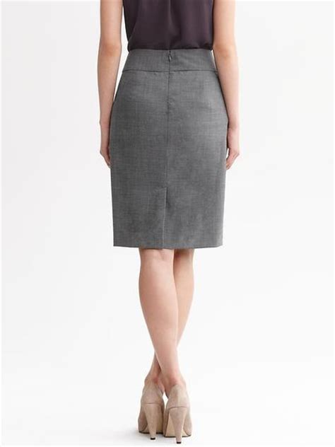 banana republic charcoal lightweight wool pencil skirt in