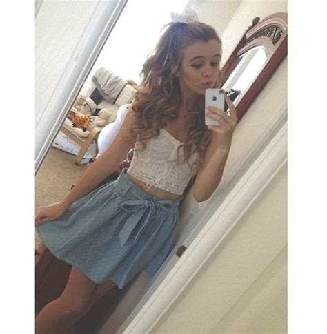 acacia brindly style acacia brinley is perfect this is her ariana grande style