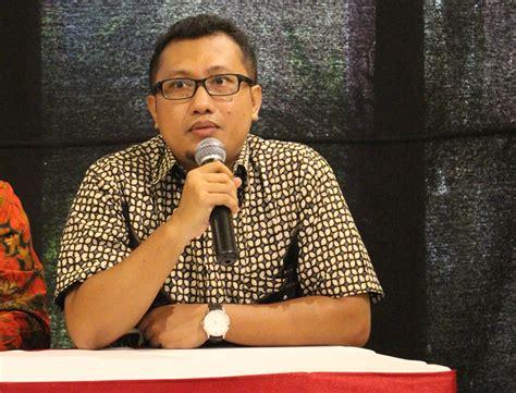 Negara Bandit Dan Demokrasi by Benny Sabdo Mahar Politik Lahirkan Bandit Demokrasi