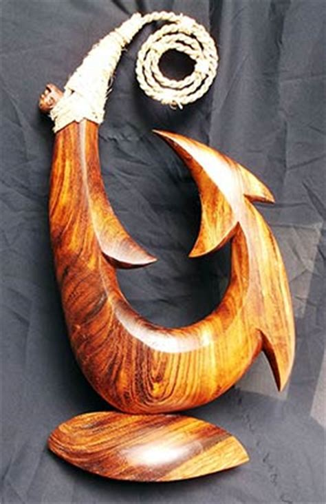 New Oceanic Wood Sculptures By Wood Sculptor Richard M