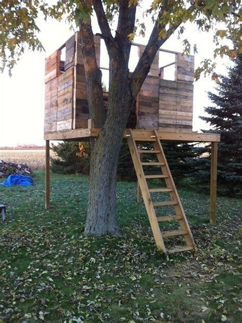 pallet tree house plans pallet tree house plans inspirational best 20 pallet tree houses ideas on pinterest