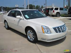 Cadillac Dts 2011 For Sale 2011 Cadillac Dts Platinum In White Tricoat Photo