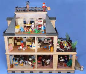 playmobil victorian mansion house 5300 fully furnished figures santa and more ebay