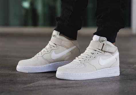 Nike Air Force 1 Mid Light Bone 315123 034 Sneakernews Com