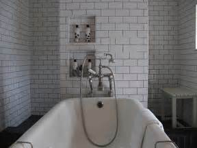 grey grout stowed