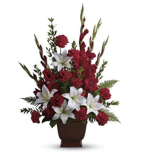 Arranging Roses In Vase Teleflora S Tender Tribute T227 1a 95 36