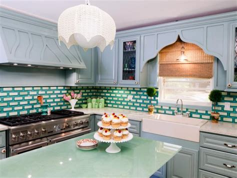 what is the best way to paint kitchen cabinets best way to paint kitchen cabinets hgtv pictures ideas