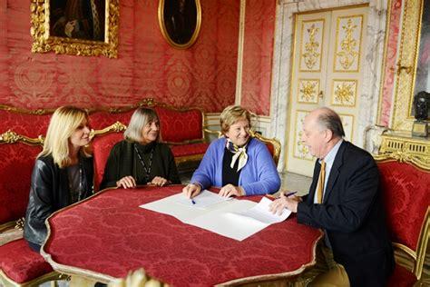 ufficio protocollo lucca firmato il protocollo di intesa tra comune e associazione