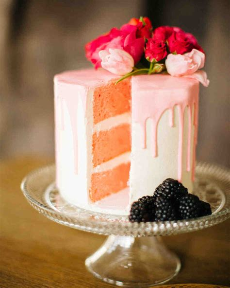 takes  traditional wedding cake flavors martha