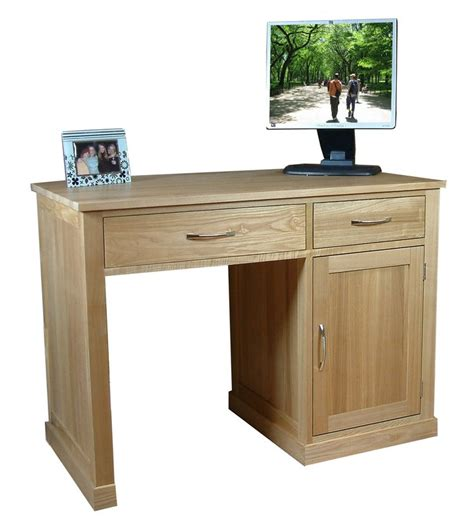 Small Oak Computer Desks For Home The Wooden Furniture Store S Single Pedestal Mobel Oak Computer Desk Is For Small Spaces