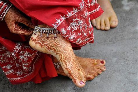 henna tattoo uitslag zomerspecial de gevaren henna en bodyglitter girlscene