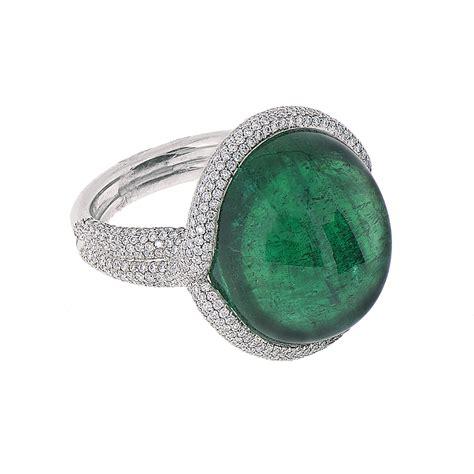a cabochon emerald ring