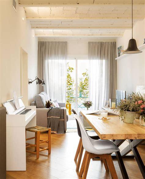 arriba el mobiliario bajo en  sala de estar
